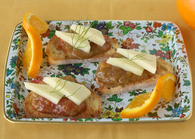 Crostini Toasts with Orange Rhubarb Sauce | Teaspoonofspice.com