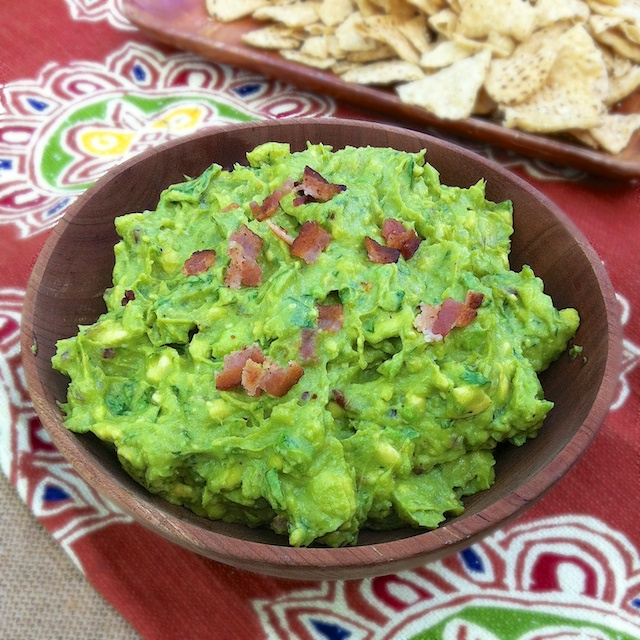Bacon Roasted Garlic Guacamole | Teaspoonofspice.com
