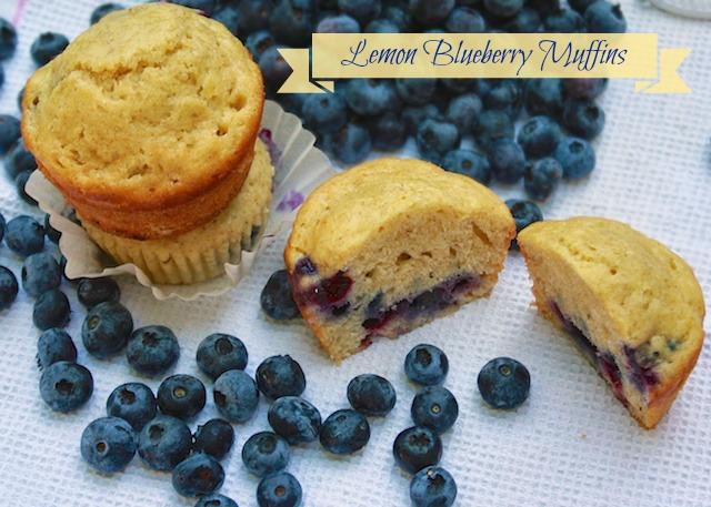 Lemon Blueberry Muffins | Teaspoonofspice.com