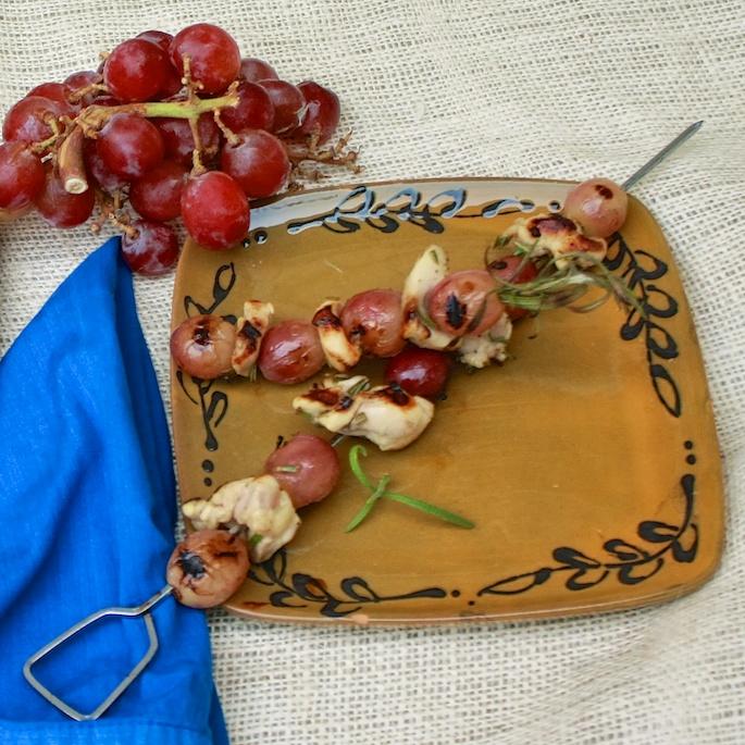 Grilled Grape & Rosemary Chicken Kabobs | Teaspoonofspice.com