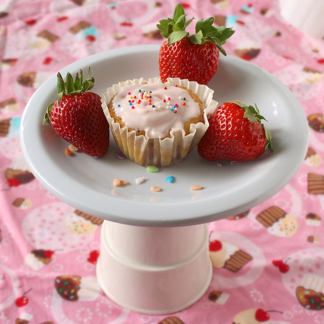 Fresh Strawberry Cupcakes | The Recipe ReDux