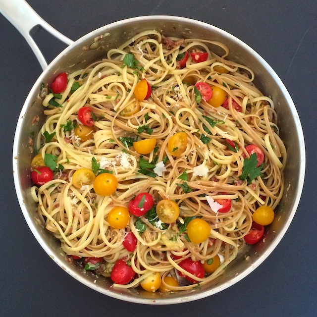 Spaghetti Carbonara with Tomatoes | The Recipe ReDux