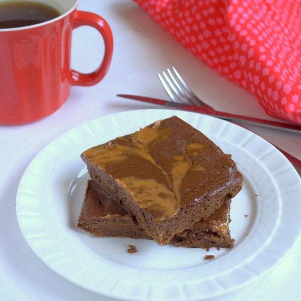 Peanut Butter Swirl Breakfast Brownies – Low Sugar