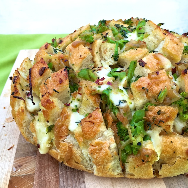 Caramelized Onion and Broccoli Pull-Apart Bread