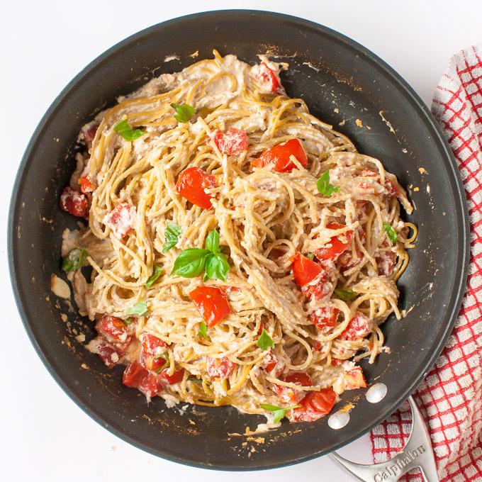 Creamy Tomato Basil No-Drain Pasta